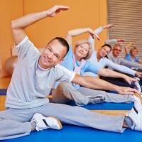 Gemeinsamer Seniorensport im Fitnesscenter